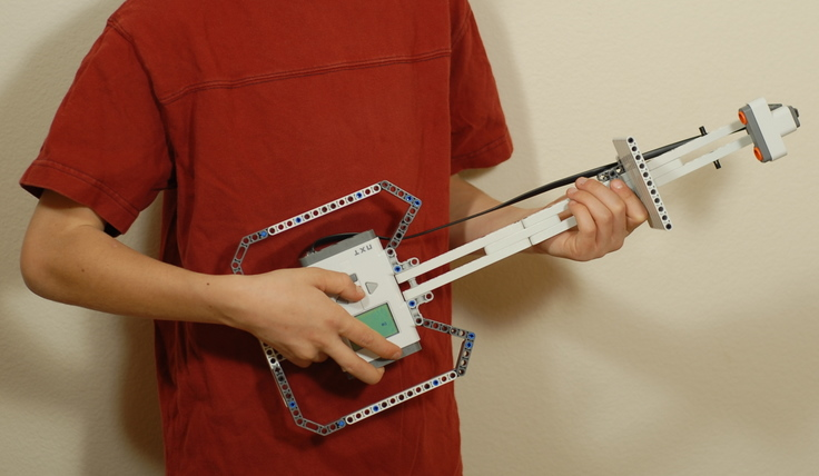 Ultrasonic touch guitar – LEGO Engineering