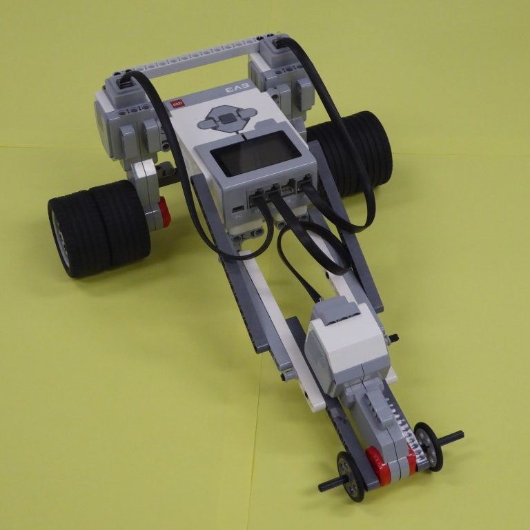 Dragster – LEGO Engineering